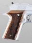 Colt 1911 puukahvalevyt sormiurilla